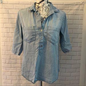 Cloth & Stone chambray denim popover shirt top